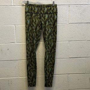 Lululemon multi legging, sz 6, 63319